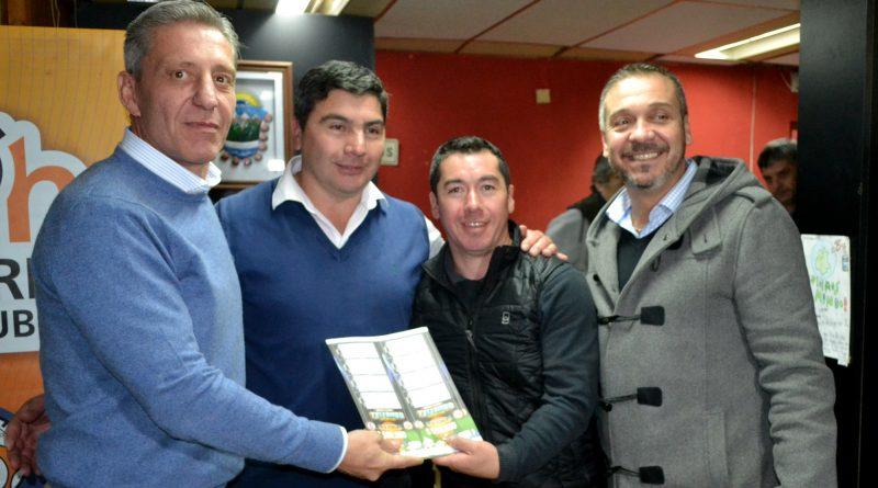 Entrega de Telebingos Deportivos a la Dirección de Deportes de El Hoyo